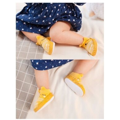 Носочки-ботиночки с резиновой подошвой 12M 3