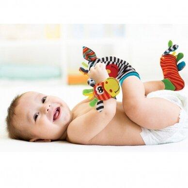 Lavinamosios kojinytės su žaisliukais 21-035 2